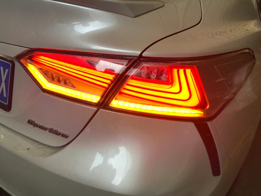 camry 2018 tail-1